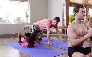 Ebony slut dp'd by yoga teacher and partner