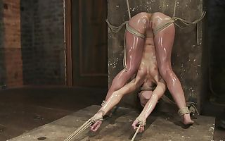 Amber Rayne in Amber Rayne Live Show Part 3 - Bent And Fisted - Hog-tied